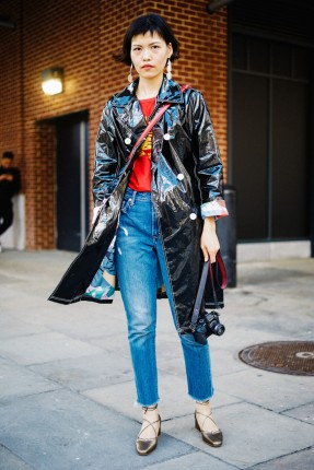 NYFW-Street-Style-Fall-2017-Man-Repeller-Day-3-5-848x1272